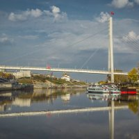 Тюмень.Мост влюблённых. :: Владимир Бобришев