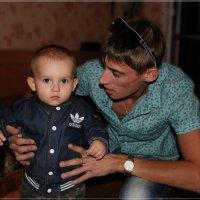 Смотри сынок, нас дед фотографирует. :: Anatol Livtsov
