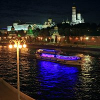 Прогулки по Москве. :: Николай Алехин