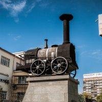 Паровоз, памятник недалеко от ж/д вокзала :: Михаил Вандич
