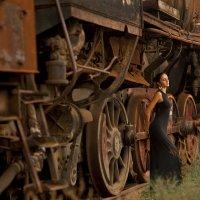 Девушка и поезд :: Edward Kod