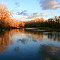 Я обожаю красоту заката ...Особенно когда он на воде ... :: Евгений Юрков
