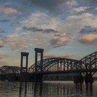 Железнодорожный мост на пр.Обуховской Обороны. :: Владимир Питерский