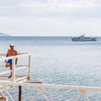 Крым. Коктебель. Фотосессия на фоне моря :: Николай Ефремов
