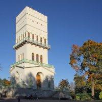 Белая башня.Александровский парк. :: Tatiana Markova