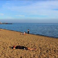 6 октября г.Мариуполь городской пляж :: Татьяна Пальчикова