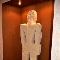 Статуя скифского человека :: Анатолий Чикчирный