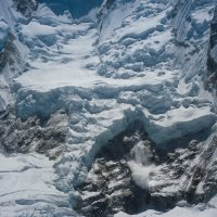 Небольшая лавина в Гималаях :: Irina Shtukmaster