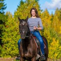 Прогулка на коне :: Максим Никитенков