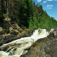 Водопад Кивач. Карелия. :: Юрий Воронов