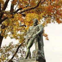 Статуя Геркулеса Фарнезского. :: Владимир Гилясев