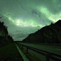 Полярное сияние сквозь тучи :: Игорь Матвеев