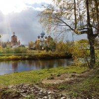 Вид на монастырь. Тихвин :: Наталья