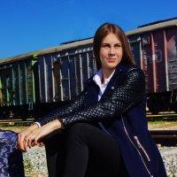 Ждем поезда :: Мария