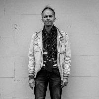 Портрет поэта, музыканта и актера Андрея Ноября :: Клиентова Алиса