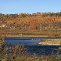 Потемнела в реке вода,значит скоро придет зима... :: Александр Попов