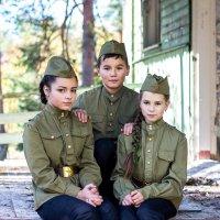 Юные защитники Ленинграда. :: Александр Лейкум