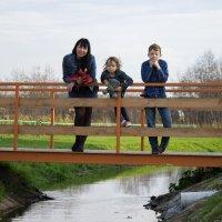 Рита и дети :: Анастасия Шаехова