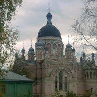 Всех друзей с праздником Покрова.Казанский женский монастырь :: Павлова Татьяна Павлова