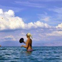Отдых на море :: Николай Ярёменко