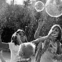 Пузыри :: Наталья Немчинова