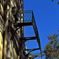 балкон :: Александр Корчемный