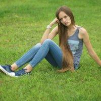 на лужайке :: Олег Кручинин