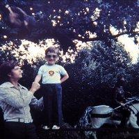 Я выше папы!   1978 год :: Нина Корешкова
