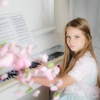 у рояля :: Екатерина Климова