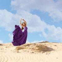 Девушка в пустыне :: Ksenia Shelkova