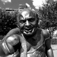 Памятник Доценту уже, увы, история :: Ольга Мансурова
