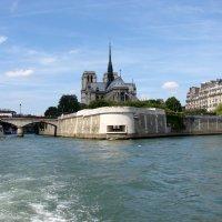 Набережная р.Сена в Париже и собор Нотер-Дам де Пари :: Georg Förderer