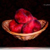 Корзинка с персиками :: Nina Yudicheva