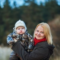 Алена и малыш :: Сергей