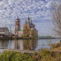 Храм на реке Трубеж :: Марина Назарова