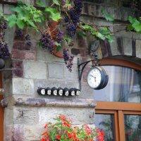 Декор фасада дома в городском районе Арвайлер :: Валерий Новиков