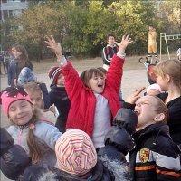 На празднике двора :: Нина Корешкова