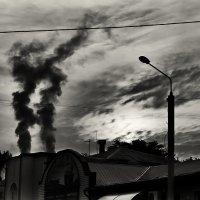 Дым как облака :: Виталий Павлов
