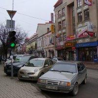 Улица   Новгородская  в  Ивано - Франковске :: Андрей  Васильевич Коляскин
