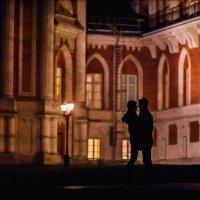 Если двум людям предназначено быть вместе, в конечном итоге они найдут путь друг к другу :) :: Алексей Латыш