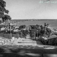 Вид с Митридатской лестницы :: Эрик Шульк