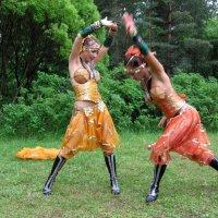 Танцы в лесу :: Георгий Кашин