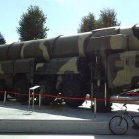 Ракета и велосипед :: Дмитрий Никитин
