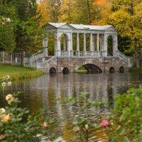 Осенним вечером в Екатерининском парке.. :: Марина Павлова