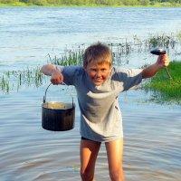 дежурный по кухне Тимур :: Александр Прокудин