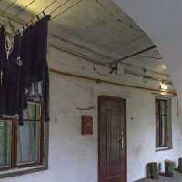 Остывшие чувства- бельём на верёвке- сохнут вне дома :: Ирина Данилова