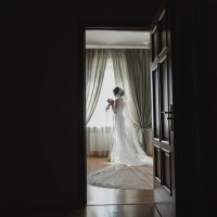 невеста с букетом :: Батик Табуев