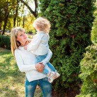 мама с дочкой :: Анастасия Нагорная