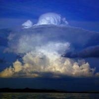 Облачный взрыв :: Владимир