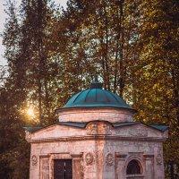 Мавзолей Волконских (на территории Новодевичьего монастыря) :: Ксения Базарова